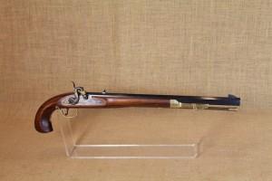 Pistolet Bounty Hunter en calibre 44.