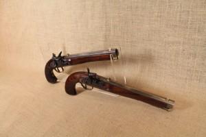 Paire de pistolets Kentucky en calibre 44.