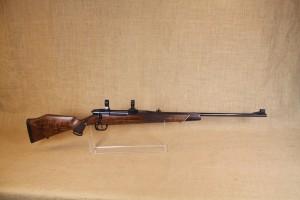 Carabine Voere calibre 22-250.