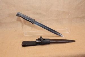 Baïonnette 1894-98 plaquettes bois